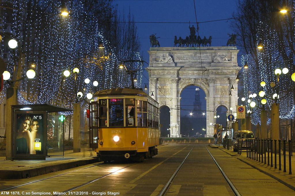 Ecliss Milano E L Ora Del Natale : Tram a milano stagniweb