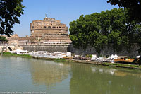 Lungo il Tevere - Castel S.Angelo.